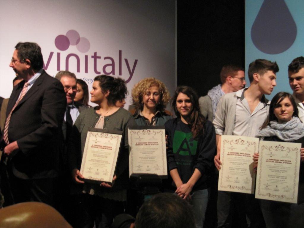 Vinitaly, premiato Istituto Agrario Giuseppe Garibaldi di Macerata