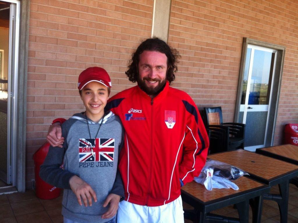 A sinistra la giovane promessa maceratese Tommaso Compagnucci,a destra il Capitano e giocatore Fabiano Tombolini, Tecnico Nazionale della Federazione Italiana Tennis