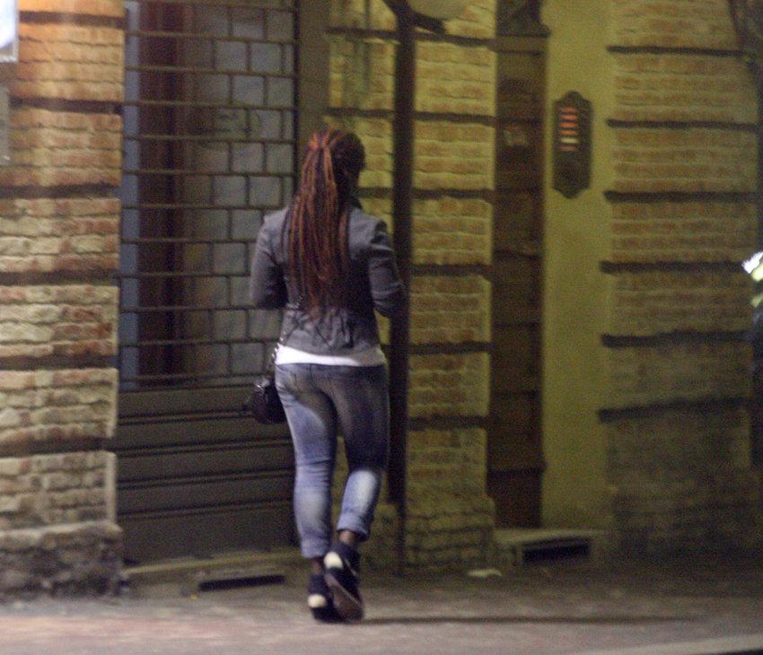 prostitute via carducci