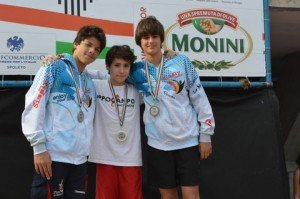 Francesco Maria Mancinelli (al centro con la medaglia)