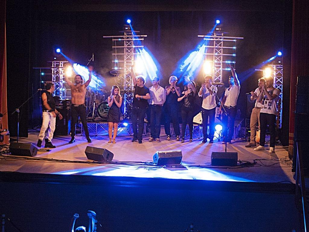 TreiAcademy Reloaded palco saluti (1)