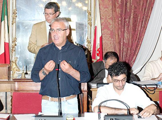 Il Sindaco Romano Carancini durante il suo intervento