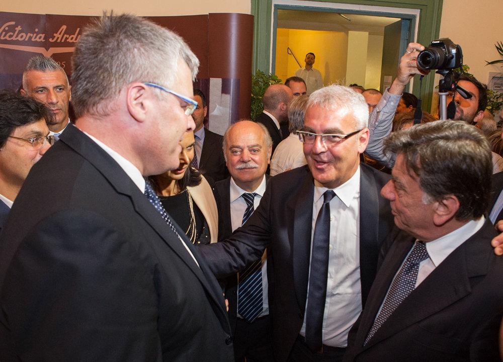 Gli ambasciatori di Isarele e Palestina con il sindaco Carancini