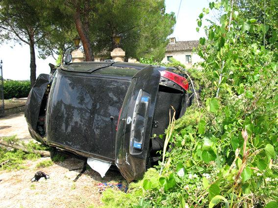 Incidente_Auto_Cingolana (2)