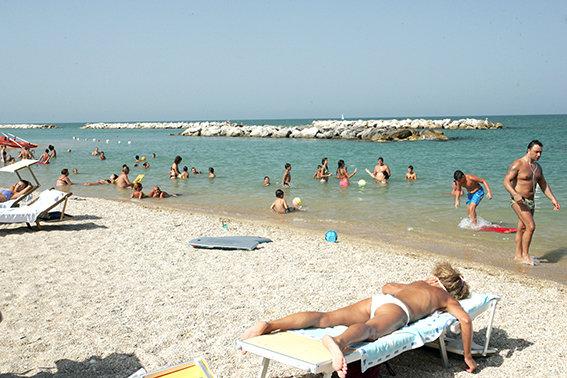 Mare_Porto_Potenza_Servizio_Spiaggia
