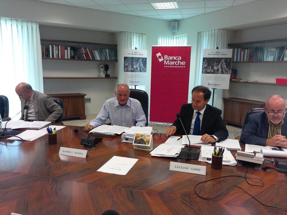 Il Consiglio di Amministrazione di oggi. Al centro Rainer Masera e Luciano Goffi.