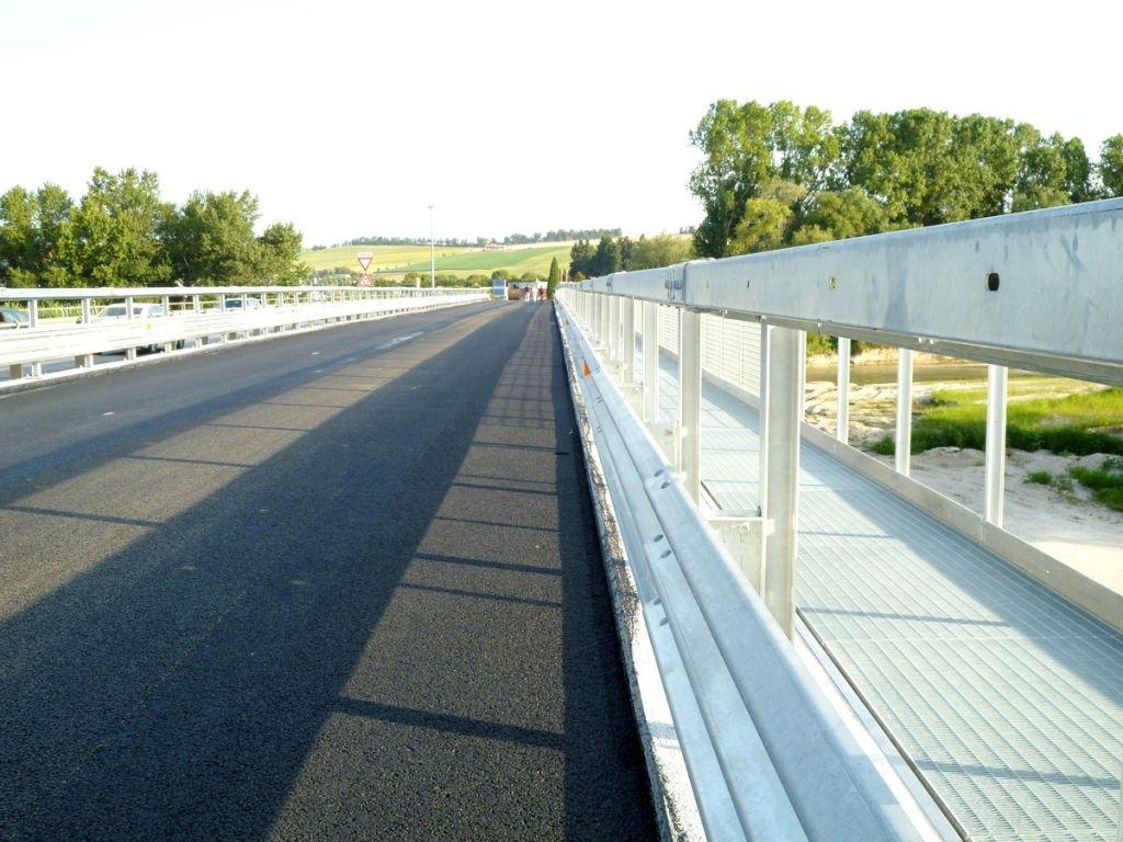 pettinari montecosaro ponte dell'annunziata 9