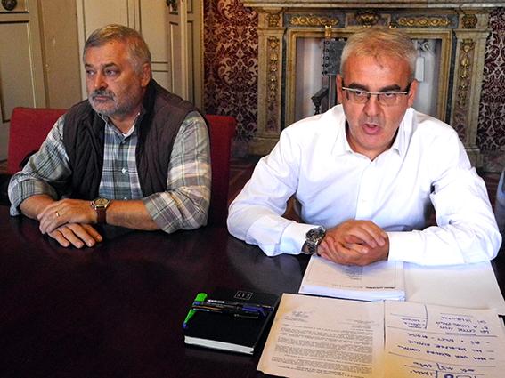 A sinistra Alferio Canesin, assessore allo sport, insieme al sindaco di Macerata Romano Carancini