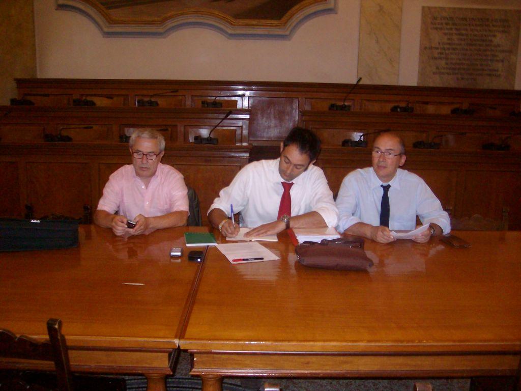 Maurizio Santini (Cisl), Averino di Marcantonio (Cgil) e Alfonso Corraducci (Dircredito)