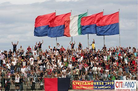 I tifosi della Civitanovese al Polisportivo