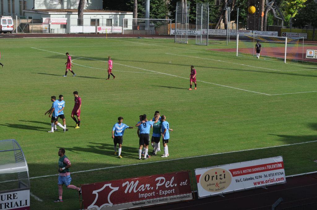 Il Trodica festeggia per un gol messo a segno