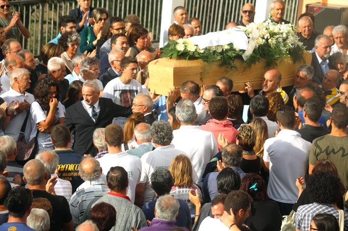 funerale-diego-10