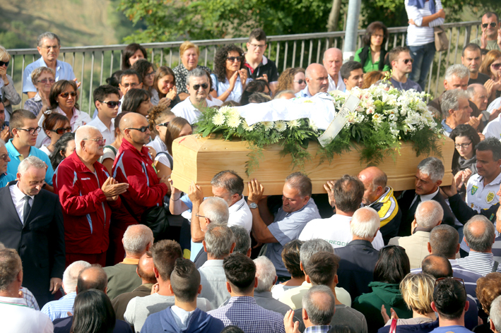 funerale-diego-12