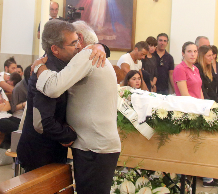 funerale-diego-3