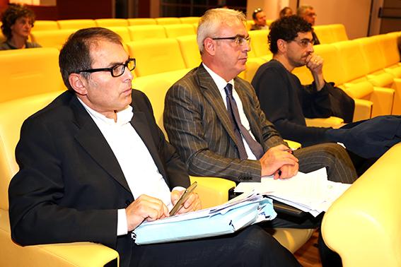 L'assessore al bilancio al Comune di Macerata Marco Blunno insieme al sindaco Romano Carancini