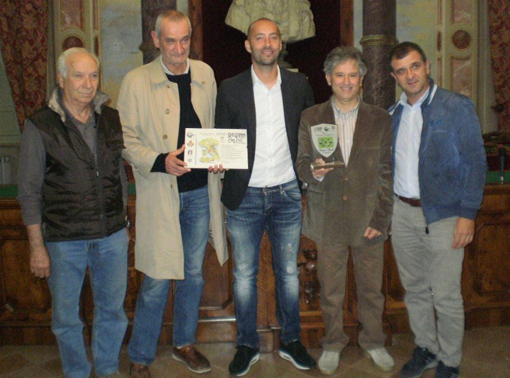 Christian Bucchi riceve il premio Compagnucci