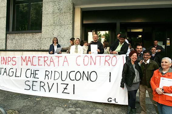Protesta_Inps_Macerata (3)