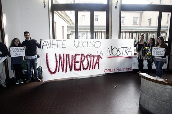 Protesta_universitari (1)
