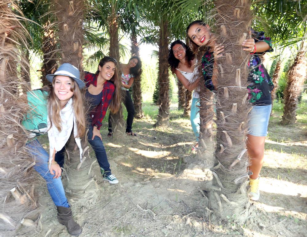 da sinistra Carmen Russo, Erika Mariniello, Laura Boccanera, Alessandra Pierini e Lucrezia Benfatto