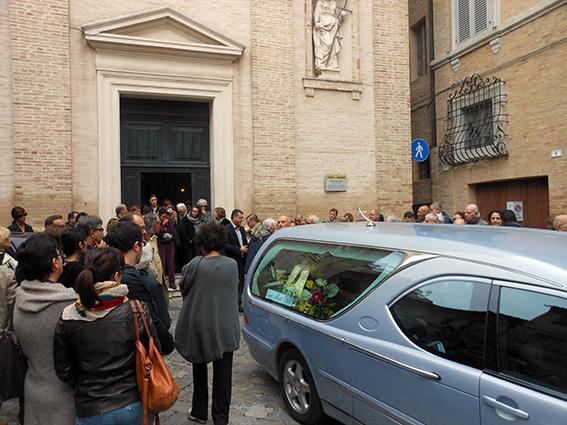 Funerale (4)