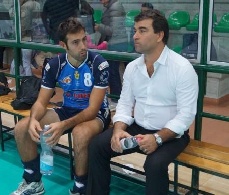 Il libero Roberto Romiti e coach Gianluca Graziosi a colloquio