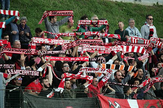 I tifosi della Maceratese sono pronti ad invadere Ancona