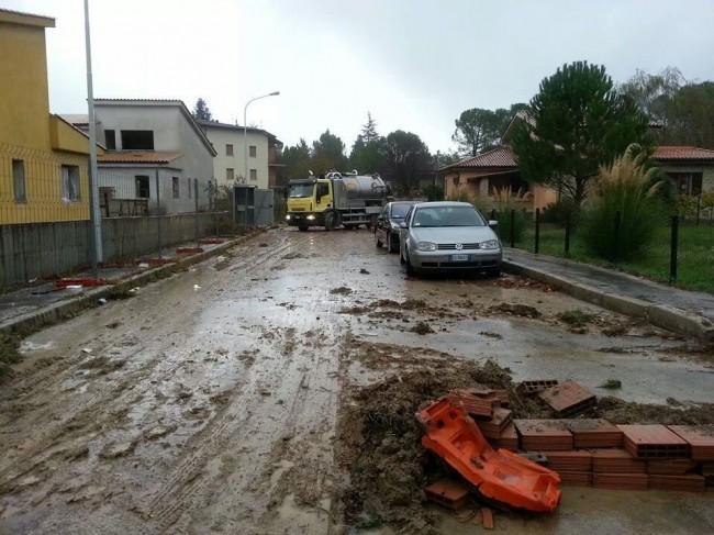 Via Fornace a Pievebovigliana il giorno dopo gli allagamenti