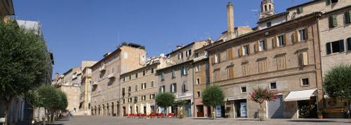 Panorama-Piazza-Mazzini