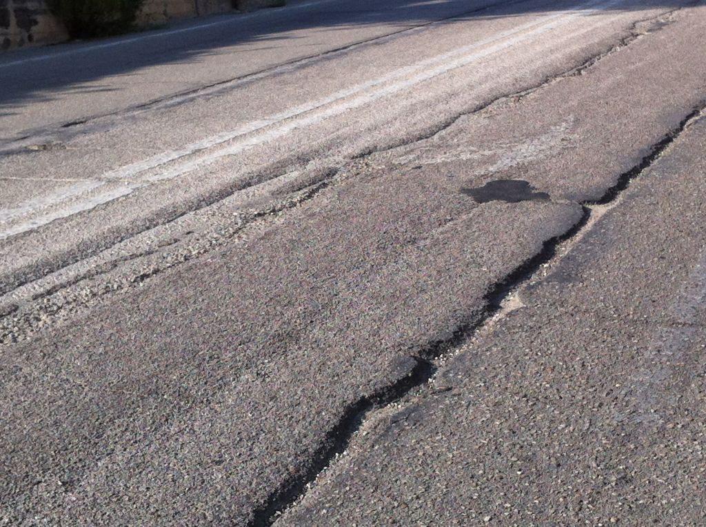 Sacchi degrado strade macerata 3