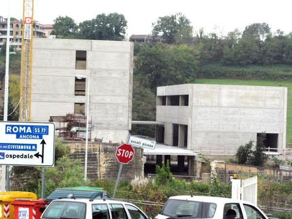 Altri lavori in corso nella zona di via Mattei