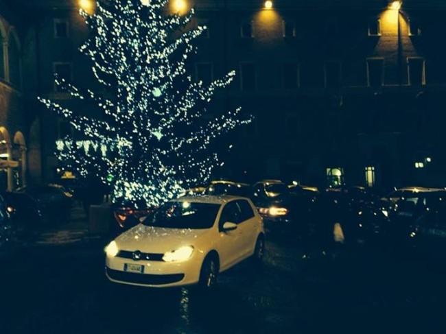 piazza_liberta_28_dicembre_mauro_giustozzi-650x487