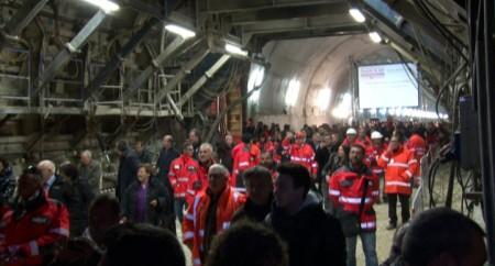 La festa per l'apertura dell'ultima galleria della tratta Civitanova-Foligno