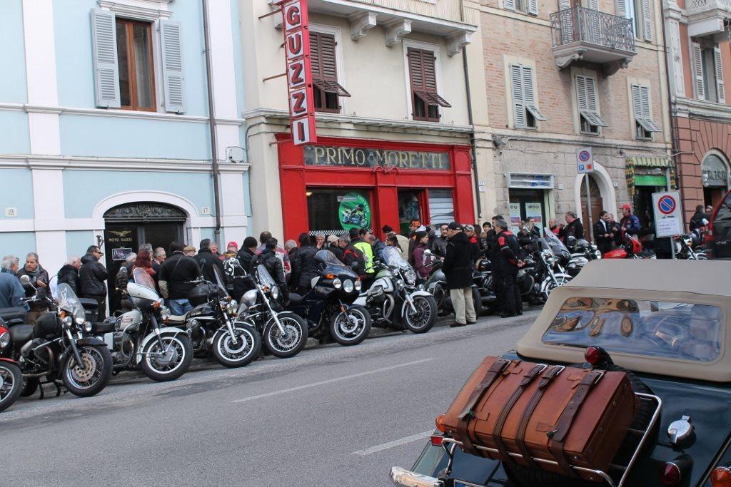 Il raduno di sabato in corso Cavour
