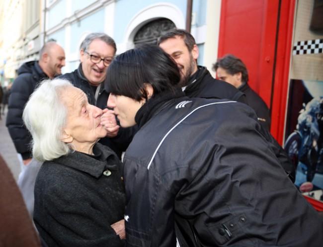 La signora Lidia con Elisa Vaccarini, la Lady Guzzi
