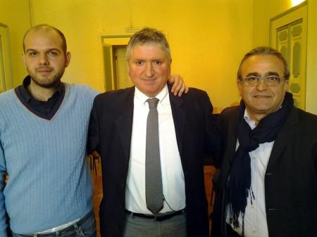 Il sindaco Pezzanesi (al centro) insieme agli assessori Colosi (a sinistra) e Trombetta