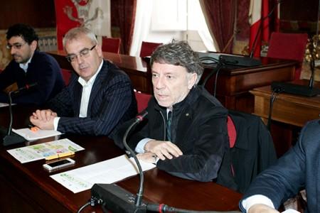 Il sindaco Carancini e il presidente del Cosmari Sparvoli
