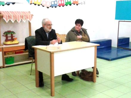 Il presidente della cooperativa Il Faro, Lorenzo Staffolani e la direttrice della scuola