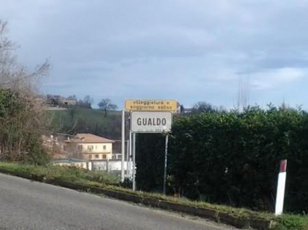 Gualdo ha 903 abitanti