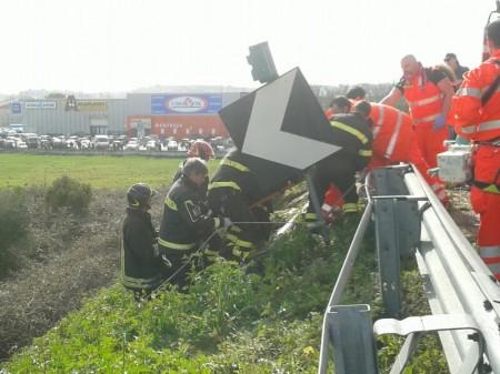 incidente superstrada civitanova (1)