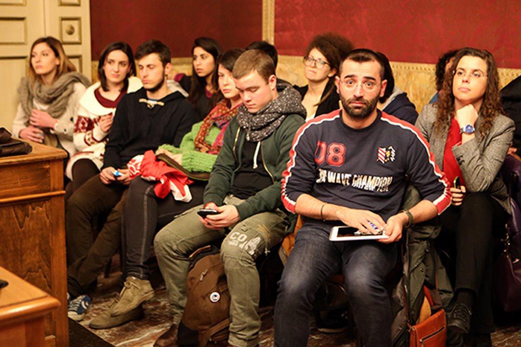 studenti_contro_Omofobia_consiglio_comunale (2)