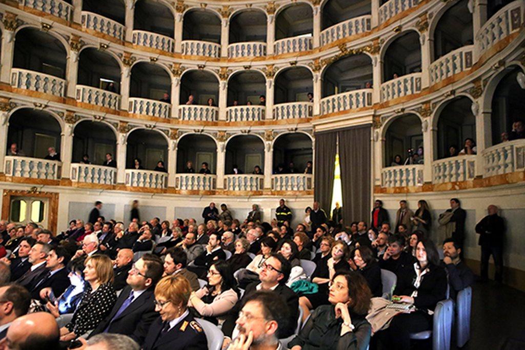 Cerimonia_Palazzo_Buonaccorsi_al_Teatro_Lauro_Rossi (2)