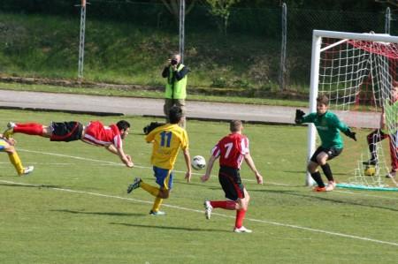 Gol annullato a Cognigni