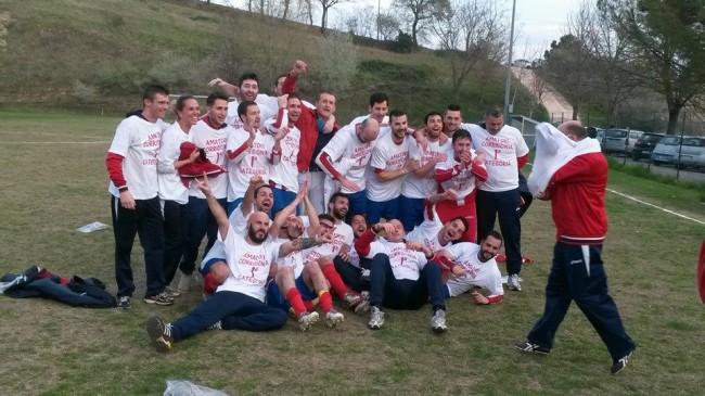 L'Amatori Corridonia festeggia la promozione in Prima categoria