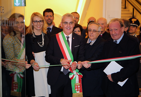 Taglio_Nastro_Palazzo_Buonaccorsi (2)