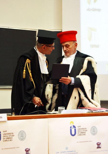 Conferito a Mario Pianesi il Sigillo d'Ateneo, dall'Università di Urbino