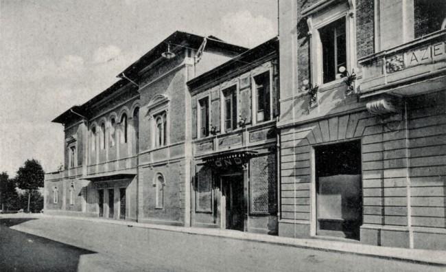 Foto storica del Politeama Piceno
