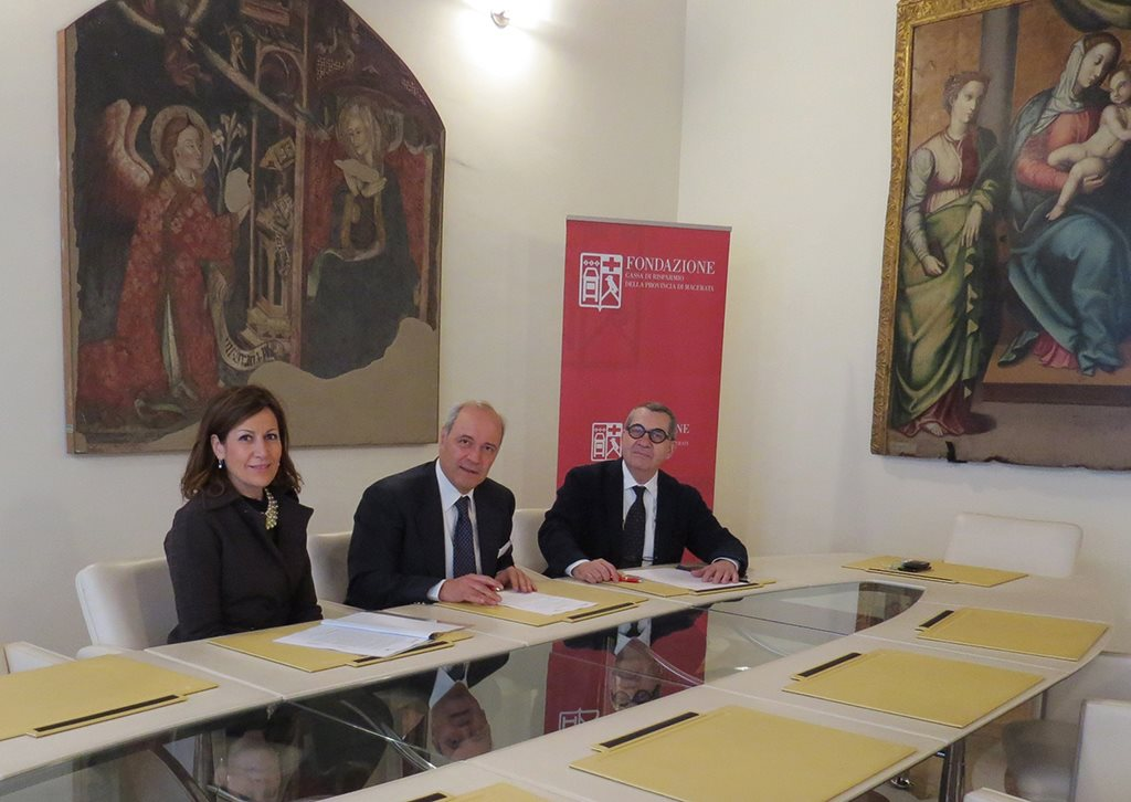 Da sinistra Paola Taddei, Franco Gazzani e Evio Hrmas Ercoli