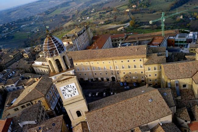 La torre di piazza della Libertà (Foto Picchio)