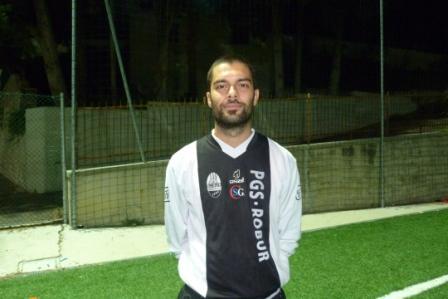 Il centrocampista della Robur Simone Zerani