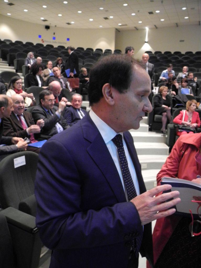 Il dg Luciano Goffi oggi pomeriggio nella sala convegni di Fontadamo
